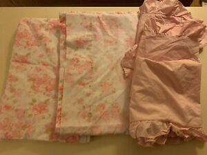 Pair of Cannon vintage single/twin pink floral sheets 3 pink Oxford pillow cases