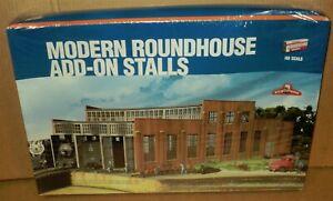 ".. Walthers Cornerstone HO .. ""Modern Roundhouse Add-On Stalls #933-2901"" .. NIB"