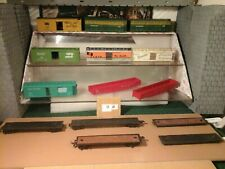 HO SCALE TRAIN CAR PARTS LOT 14 TOTAL PIECES USED