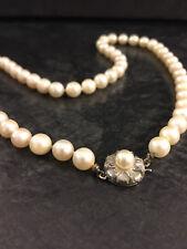 Einreihiges Perlencollier Akoya Perlenkette 45 cm 835er Silber Verschluß rund