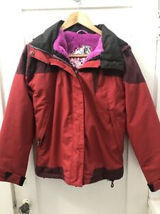 Small Volcom Gore-Tex Snowboard Thermonite Jacket Women Red