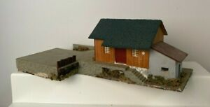 Vintage Faller HO 00 Wood Composition 158 Freight Station With Siding (TZ819)