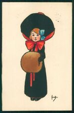 Viennoise Girl Hand Painted M M Vienne 604 postcard TC3993