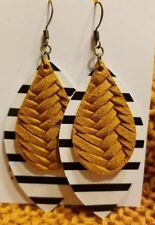 Leather Earrings, Handmade, Cowhide leather, Layered teardrop with leaf