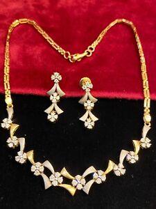 3.66 TCW Round Brilliant Cut Diamonds Necklace Earrings Set In 585 Fine 14K Gold