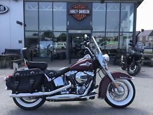 2017 Harley-Davidson SOFTAIL FLSTC HERITAGE SOFTAIL CLASSIC FLSTC Vivid black (1