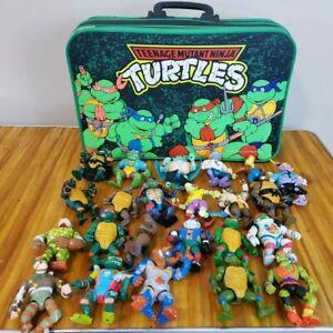 Vintage Teenage Mutant Ninja Turtles Suitcase With 23 Action Figures