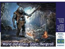 Master box  24014 1:24th scale World of Fantasy Giant Bergtroll Figure