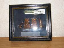 MAYFLOWER *NEW* Cadre vitrine bâteau Discovery 15x13cm voiles dorées