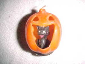 Rare vintage GURLEY    CAT IN A PUMPKIN     HALLOWEEN CANDLE  -  UNLIT