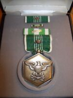 NAMED ARCOM U.S. ARMY VIETNAM COMMENDATION MEDAL SET IN PRESENTATION BOX
