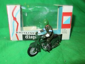Britains 9698 Dispatch Rider on Triumph Thunderbird 1/32nd scale  VGC boxed #1