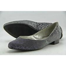 Low (3/4 in. to 1 1/2 in.) Canvas Medium (B, M) Flats for Women