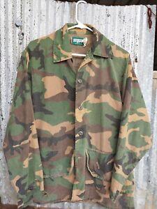 Vintage SafTBak Large Camo Button Up Shirt 2 Pockets Hunting Single Stitch Holes