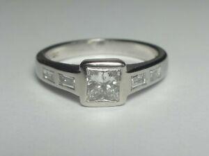PLATINUM 0.38CT PRINCESS DIAMOND SOLITAIRE WITH DIAMOND SET SHOULDERS RING 5.1G