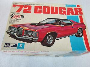 Vintage MPC '72 Mercury Cougar plastic model kit 1-7222 (started & painted)