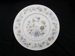 Ridgway MELISANDE.  Side Plate. Diameter 6½  inches or 16.5 cms.