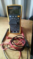 Fluke 115 Compact True-RMS Digital Multimeter excellent used condition