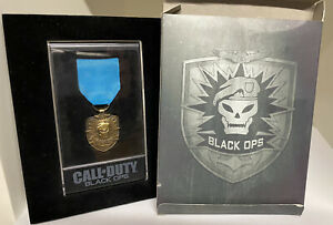 CALL OF DUTY BLACK OPS MEDAL BOXED