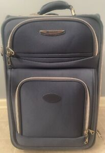 Delsey Carry-on expendable Suiter Trolley Helium Silver Label 22574BD Luggage
