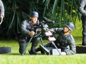 DRAGON 1:35 WW2 German Soldier Diorama MG42 MACHINE GUN TEAM BUILT SET CD3435