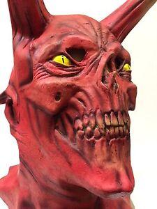 Evil Demon Maschera Diavolo Halloween Horror Accessorio per Costume Lungo Corno