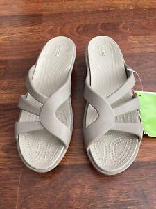 Crocs Dual Comfort Woman's Tan  Wedge Sandals Comfort Sandal Size W 10 NWT