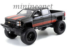 JADA 97476 OFF ROAD 2014 CHEVROLET SILVERADO PICK UP TRUCK 1/24 BLACK with RED