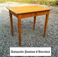 M20140311 - Petite table pour enfant +- 1950 en hêtre  - Très bon état