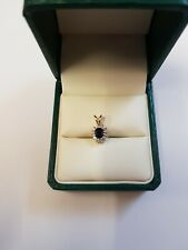 9ct Oro Amarillo Zafiro Y Diamantes Colgante