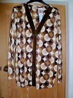 BNWT MARKS & SPENCER PLUS CHOCOLATE MIX TUNIC TOP V NECK CRINKLE NO IRON SIZE 22