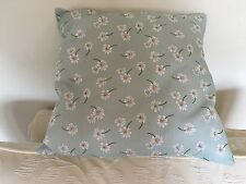 Summertime Daisy cushion / pillow cover with cushion pad.