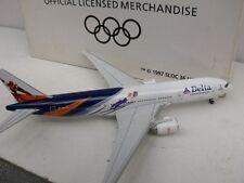 1/400 Boeing 777-200 Delta Airlines Salt Lake 2002 374168