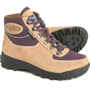 8.5 M  Vasque Skywalk GTX by Red Wing Women's Backpacking Hiking Boots Gore-Tex