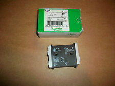 Schneider TeSys Auxillary Contact VZ7   NEW IN BOX