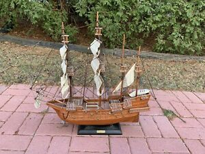 Replica 1607 Spanish Galleon Ship