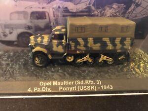 De Agostini Panzer WWII German Opel Maultier Sd.Kfz 3 unbespielt in Vitrine 1/72