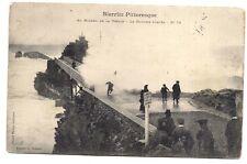 biarritz pistoresque ,au rocher de la vierge ,la douche forcée