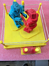 BS9 2001 Mattel ROCKEM SOCKEM ROBOTS Fighting Ring BLUE BOMBER RED ROCKER GAME