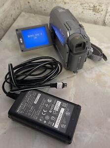SONY HANDYCAM DCR-HC40E CAMCORDER MINI DV DIGITAL TAPE VIDEO CAMERA