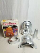 Wilton Vintage Care Bear Stand-Up Cake Pan Set