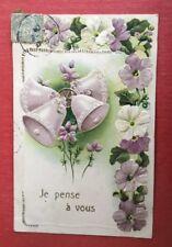 CPA. 1904? Cloches. Fleurs. Tons Violet Blanc Vert. Gaufrée. Embossed.