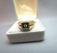 14k Yellow Gold Men's Diamond ring 7.64 gram .15 Center Diamond Black Enamel 8.5