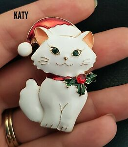 Christmas White Cat Brooch Holly Berry Collar Red Hat Green Crystal Broach Gift