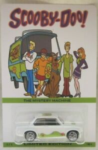 Hot Wheels CUSTOM 2002 BMW - Scooby-Doo Real Riders Limited Edition