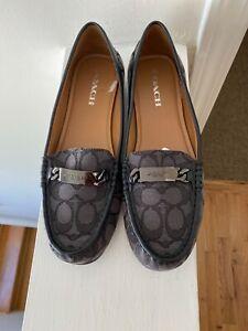 Coach woman's Olive Signature loafers Size 10 Black/Smoke-Black