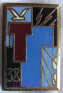 IN17132 - Insigne 38° Régiment de Transmissions, faux N°