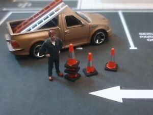 1/64 Scale Stackable Road Traffic Cones Hot Wheels Matchbox