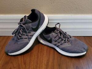 NIKE RUN SWIFT women's athletic running shoes Size 9.5
