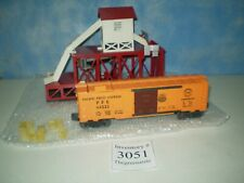 Classic Lionel Trains No. 352 Ice Depot Set With Car With Original Box